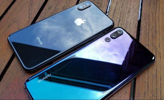 Xu thế ngược đời tại Trung Quốc: Người giàu dùng Huawei, Xiaomi, người nghèo dùng iPhone - Ảnh 1.